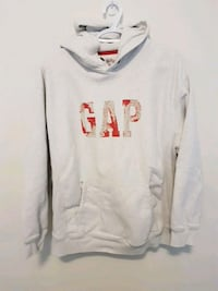 GAP sweater. Barely worn. Size M Guelph