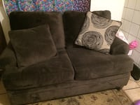CUTE COMFY COUCH!! Lincoln, 68503