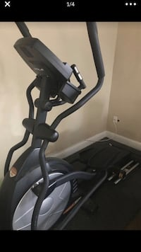 Elliptical machine like new  Modesto, 95357