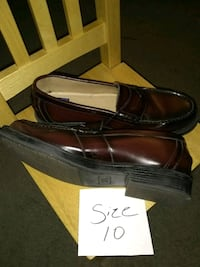 Dress shoe's Akron, 44313