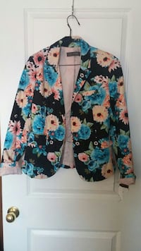 black and multicolored floral suit jacket Essex County, N0R 1A0