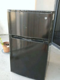 Black Mini-fridge Arlington, 22202