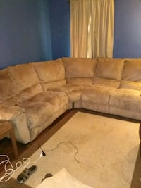Sectional sofa  McMinnville, 37110