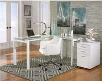 NEED TO SELL ASAP! Glass top L-shaped desk set Towson