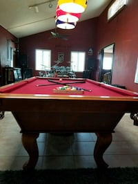 red and brown pool table Fallbrook, 92028