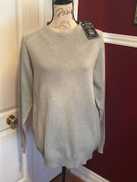 Men's sweater size large with tags