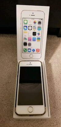 iPhone 5s 64gb Unlocked 10/10 cond.box&accessories