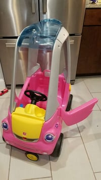 pink and white ride-on toy car Silver Spring, 20906