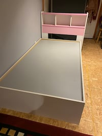 Captin's single bed frame 9/10 condition  had for less than 3years Brampton, L7A 1M7
