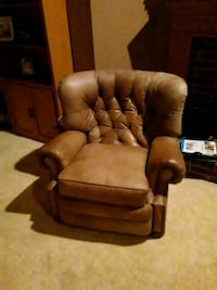 brown and white leather sofa chair Grapevine, 76051