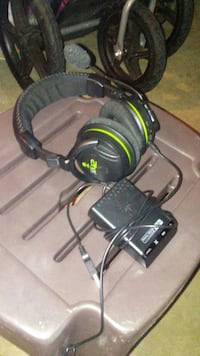 Xbox 360 turtle beach head set Painesville, 44077