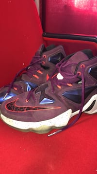 Basketball shoes Guelph, N1H 7Z5