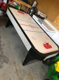 White and black air hockey table Barrie, L4N 0L9