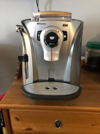 Saeco Odea Giro Plus fully automatic espresso machine coffee maker Toronto, M4K 2G2
