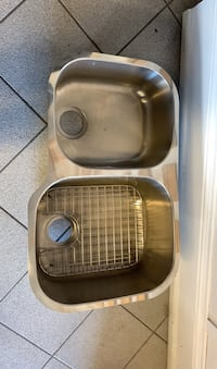 Double sink Mississauga, L5R 3K7
