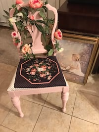 Beautiful Vintage Antique Decorated Victorian Chair Gainesville, 20155
