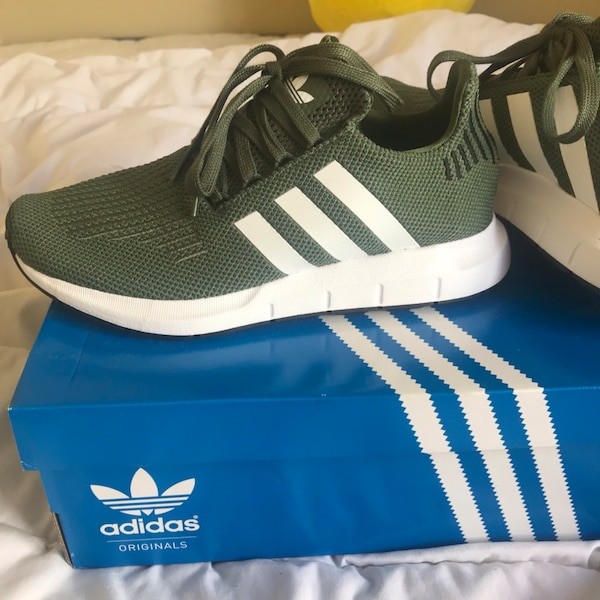 85aaa1b562168 Used Women s Adidas Swift Run Sneakers for sale in Clemton Park - letgo