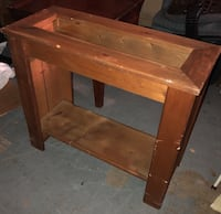 Real wood ~ well made ~ table base/planter/or whatever you make it into! Brandon, 33510