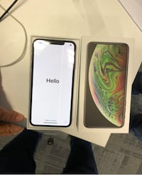 iPhone XR brand new is still in the box  Toronto, M8Y 3N8