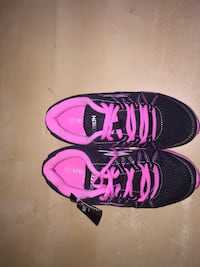 Kid's size 13 shoes London, N6H 1K6