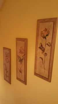 Set of 3 floral wall plaques