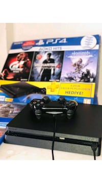 ps4 slim 500 GB +1kol+kutu+3CD oyun