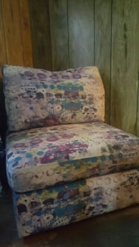 Chair and ottoman Lewisville, 75067