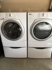 white front-load washer and dryer set Bradford West Gwillimbury, L3Z