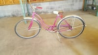 pink and white cruiser bike Telford, 37690