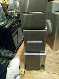Subwoofer and speakers Brampton, L6S 2M5