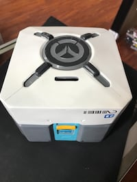 Overwatch Loot Box Deluxe Coin Bank Blizzard Entertainment 6""