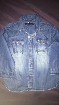 Baby slightly distressed denim shirt. Size 18 months Toronto, M5A 4A8