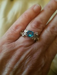 Beautiful detailed ring.  Silver plated. Sz 7 Middletown, 17057