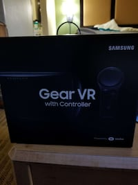 Samsung Gear VR with Controller New