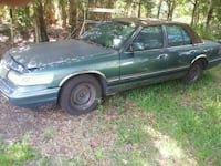 95 Mercury Marquis runs I think it needs head gask Arcadia, 34266