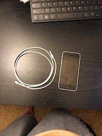iPhone 5c Unlocked Perfect Condition 8GB Fast Grayslake, 60030