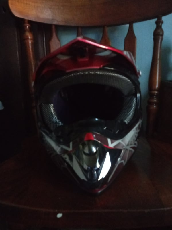 D.O.T Approved WLT Dirt Bike Helmet for Teens or Adults  2adf3eec-0e9e-40c8-8e68-43761c1568d7