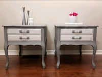two white wooden side tables Lincoln, L0R