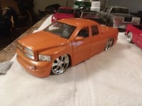 124scale Used great condition,Dodge trucks