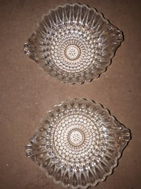 PAIR OF VINTAGE ANCHOR HOCKING CLEAR BUBBLE PATTERN BERRY, NUT DESSERT BOWLS WITH HANDLES Montréal