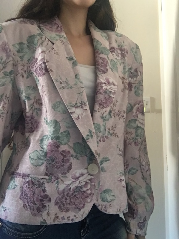 Rose jacket with purple flowers (S)