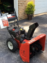 """Snow blower with electric start or pull start plus 20"""" Stihl chain saw Glen Rock, 17361"""
