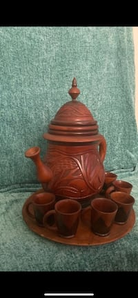 ANTIQUE WOODEN PITCHER & TRAY W/6 WOODEN CUPS Hagerstown, 21742