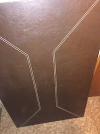 Brown leather table with 4 chairs 100$ Negociable Brossard, J4Z 3H8