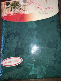 60inch x 120in new Holly Poinsettia Damask Mc Lean, 22101