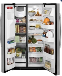 G.E side-by-side stainless steel refrigerator Bradenton, 34203