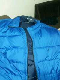 Mens 2x Nautica Coat only been worn a couple times Richmond, 47374