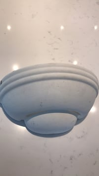 Wall / sconce light fixture..
