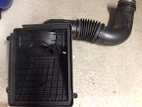 2005 GMC Sierra air intake with K&N air filter Coquitlam, V3E 0K2