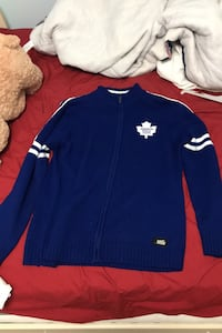 L Toronto Maple Leafs sweater Keswick, L4P 0B9